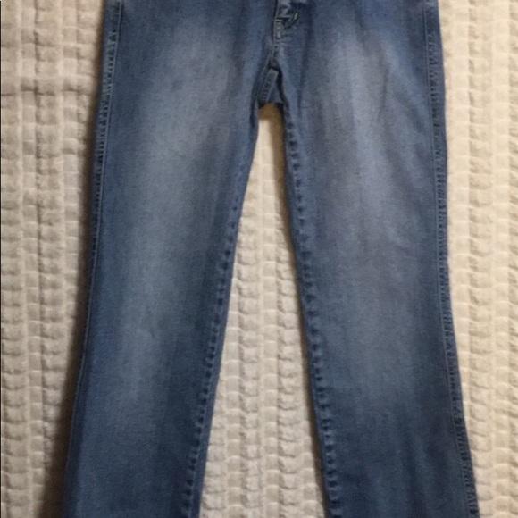 Sigrid Olsen Denim - 2P SIGRID OLSEN EMB Distressed Jeans.